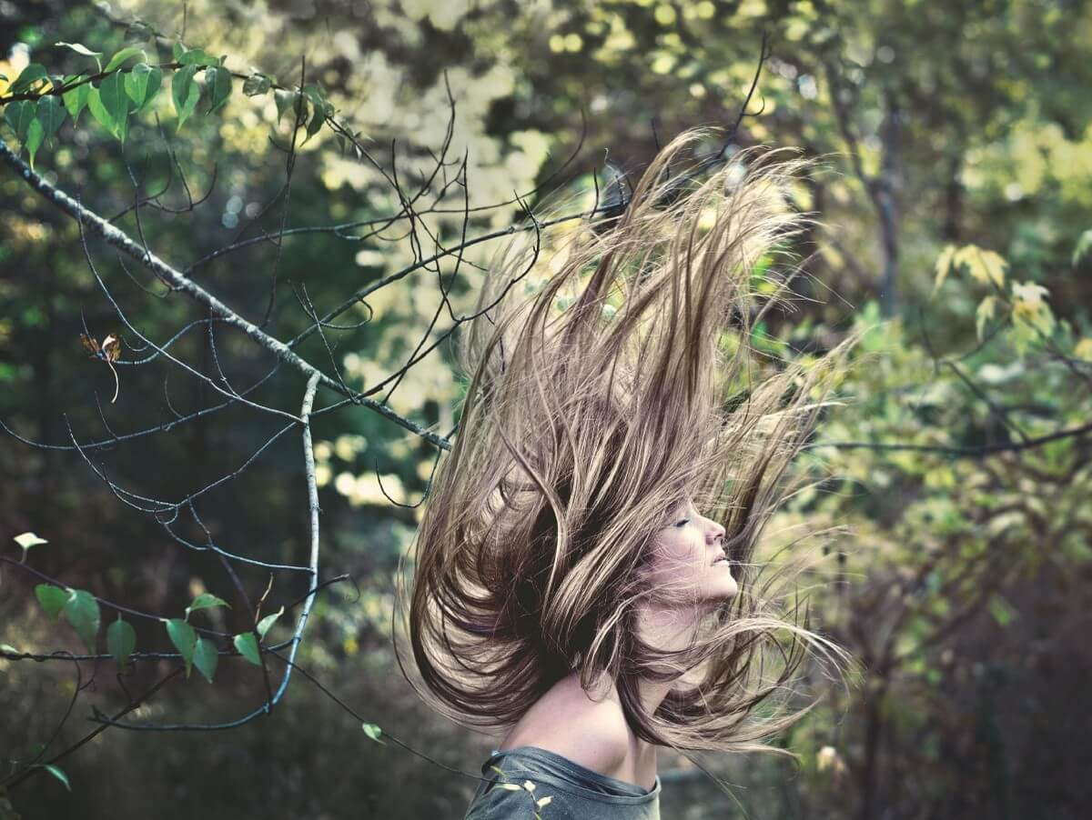 woman photo inside the forest